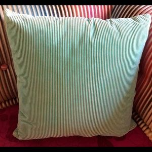 Missoni Pillow 16 x 16 excellent condition